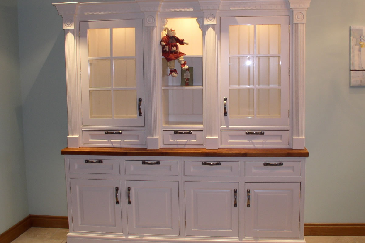 Bespoke Hand Painted Kitchens from Ashwood Kitchen Design by Geoff Sturgeon
